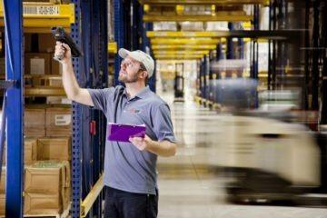 picking, packing, parcel, fulfillment, logistics services, vychystávanie, dopravník, balík, balenie, logistické služby, conveyor, expedícia,